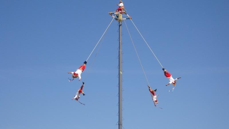 Street Pole 'Dancers'. Puerto Vallerta