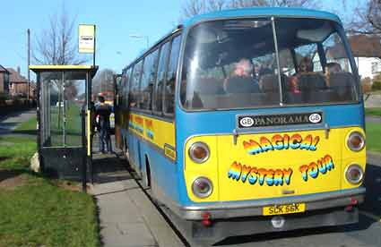 magical_mystery_tour_bus