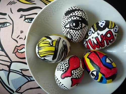 easter-eggs-inspired-by-lichtenstein-from-artclubblog21